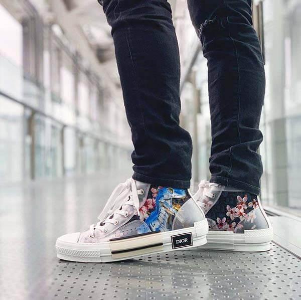 Top 10 đôi giày Sneaker hot trend 2019 - Hajime Sorayama x Dior B23 Sneaker
