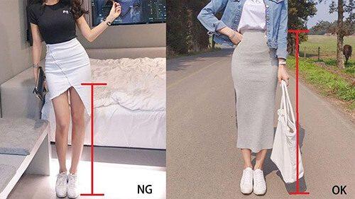 2 cô gái mặc váy ngắn và giày trắng