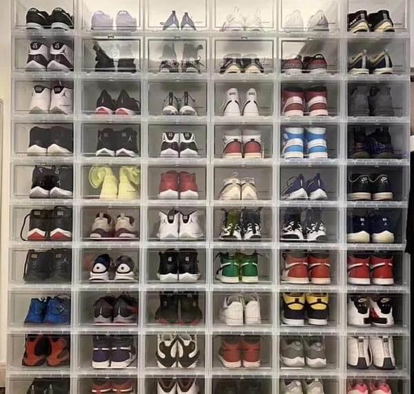Nên mua giày siêu cấp ở đâu?