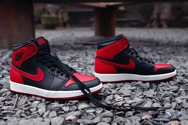 Giày Air Jordan 1