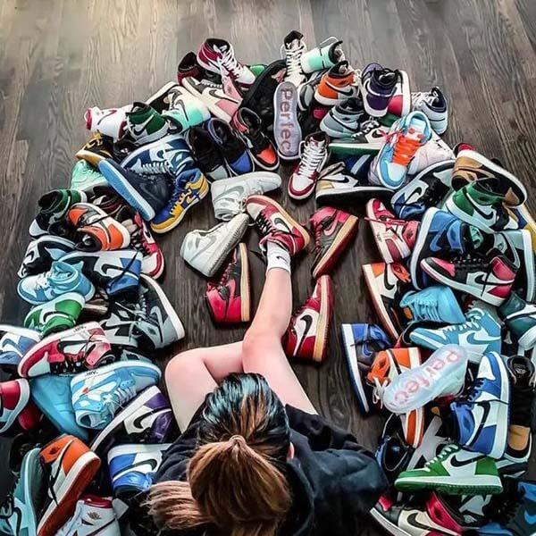 Lựa chọn Jordan 1 màu gì dễ phối đồ nữ