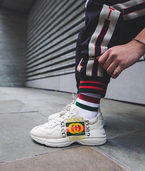 Giày Gucci Rhyton chính hãng có giá bao nhiêu?