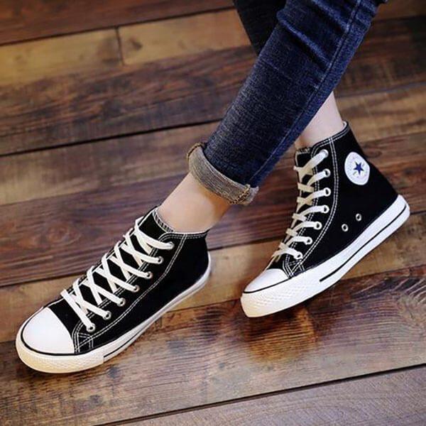 Giày vải cho người chân to