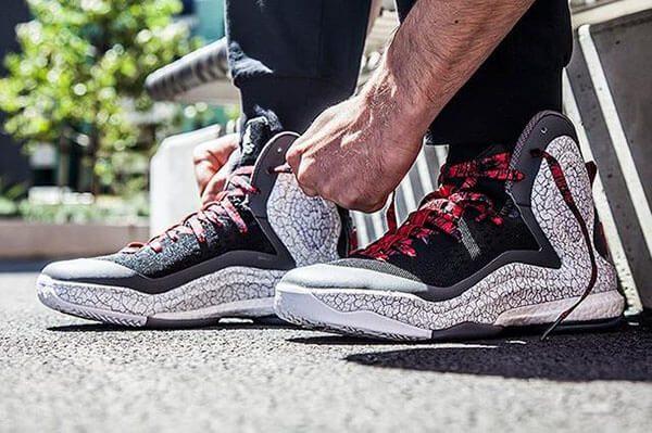 Những đôi giày bóng rổ đẹp nhất dòng Adidas Rose