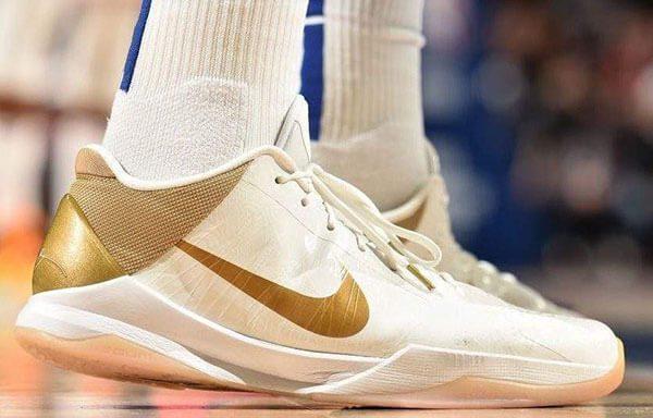 "Giày Nike Zoom Kobe 5 ""Big Stage Home"""