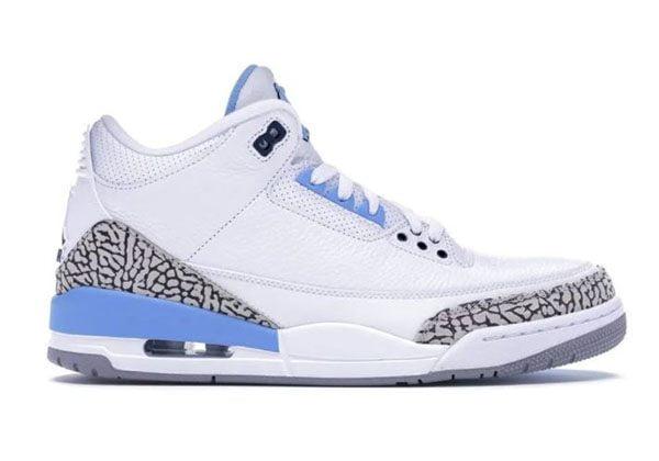 Air Jordan 3 Retro UNC PE