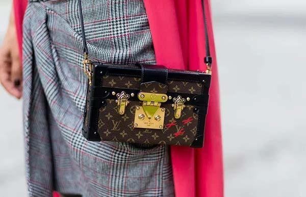Túi Louis Vuitton cao cấp giá bao nhiêu?