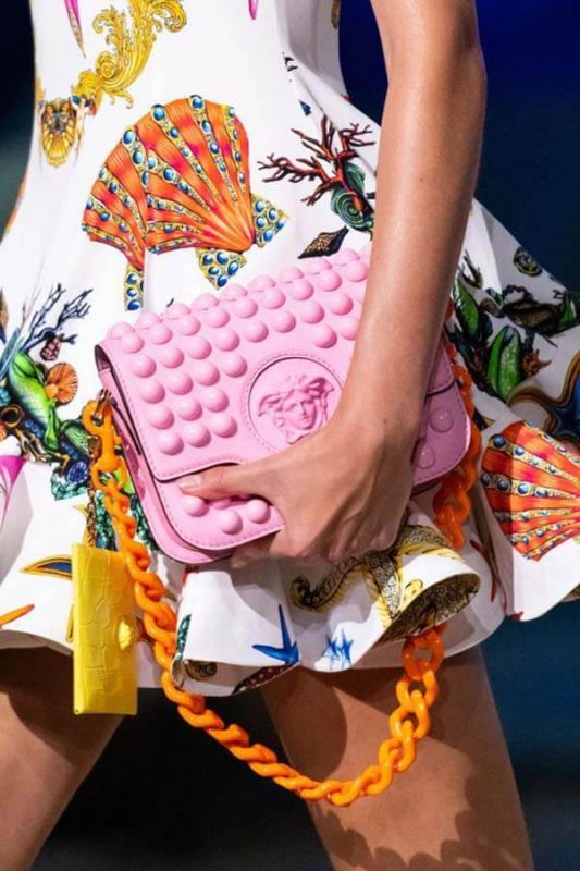Túi Versace cho Song Ngư
