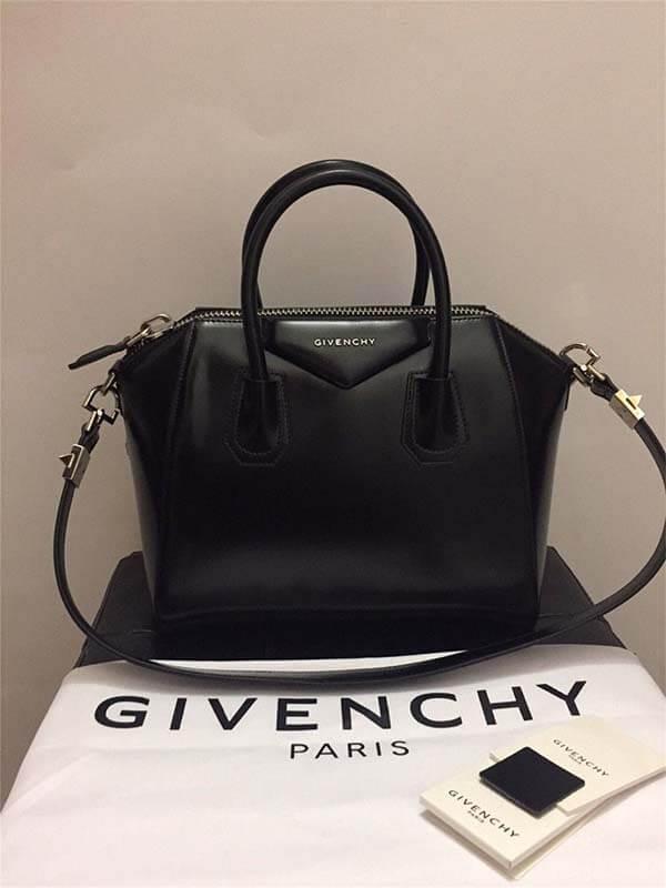 Túi Givenchy Antigona đáng mua nhất 2021