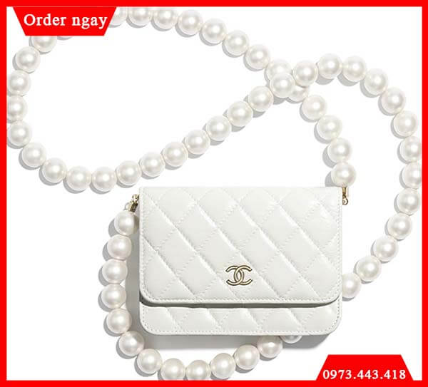 Chanel Mini Pearl And Bow WOC